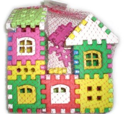 Конструктор двуетажна къща с прозорци двувърха