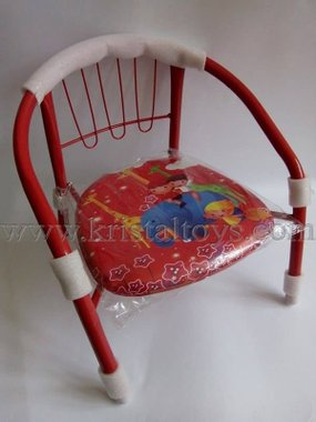Стол детски с метални крака, облегалка и картинка в червено