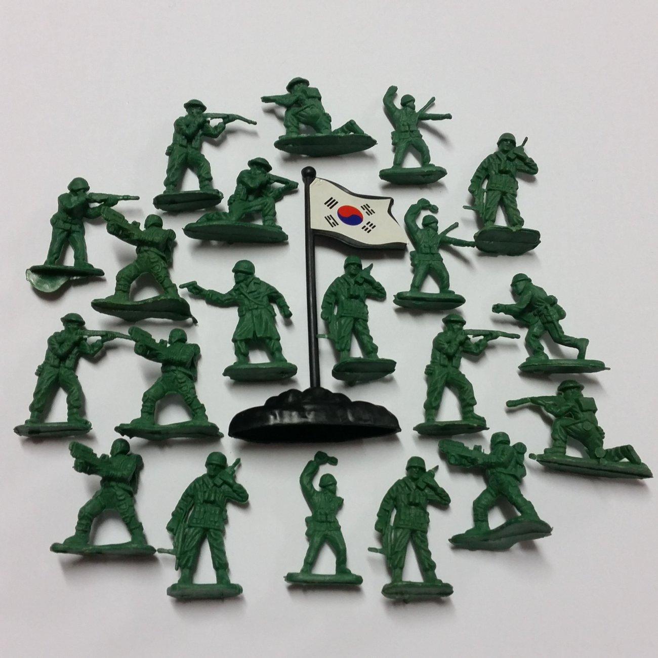 Детски Военен комплект Комбат Combat войници със знаме