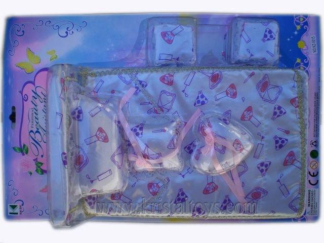 Детска играчка комплект Спалня за кукли с възглавници и табуретки
