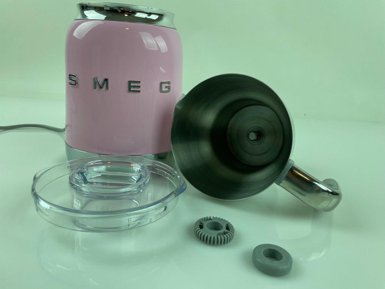 Кана за млечна пяна Smeg MFF01PKEU индукционна кана за мляко Пенообразувател