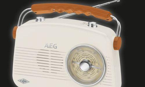 Радио AEG NR 4155 AUX-IN ретро дизайн преносимо по